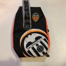 Coleccionismo deportivo: NECESER ESTUCHE VALENCIA CLUB DE FÚTBOL PRODUCTO OFICIAL. Lote 154565324