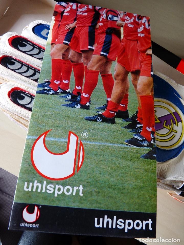Coleccionismo deportivo: Guantes de portero Uhlsport Real Madrid - Foto 4 - 159132994