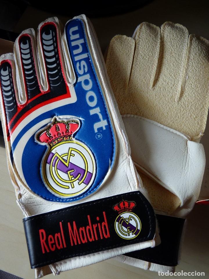 Coleccionismo deportivo: Guantes de portero Uhlsport Real Madrid - Foto 5 - 159132994