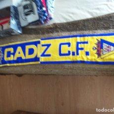 Coleccionismo deportivo: BUFANDA DEL REAL CADIZ C.F.. Lote 178976896