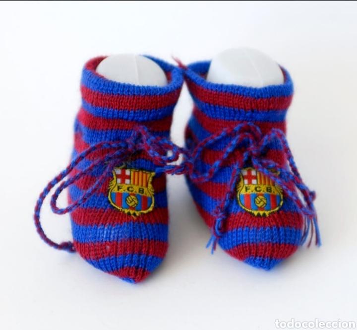 Coleccionismo deportivo: Patucos (peucs o peucos) zapatos bebe recien nacido barça (fcb, barcelona) medias calcetines de hilo - Foto 3 - 131993165
