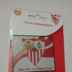 Coleccionismo deportivo: PARCHE DE TELA TERMOADHESIVO SEVILLA FÚTBOL CLUB. PRODUCTO OFICIAL. Lote 183313541