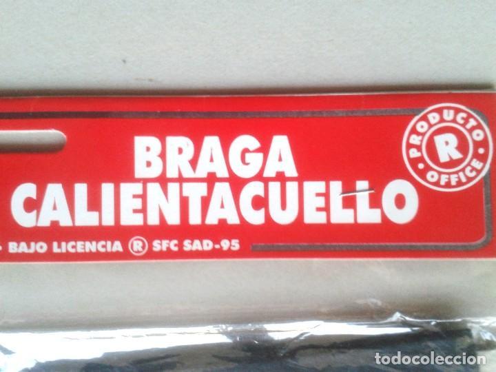 Coleccionismo deportivo: LOTE 3 BRAGA CALIENTA CUELLO SEVILLA FC NEGRA OFICIAL NUEVA Y ANTIGUA + FUNDA AÑOS 90 ORIGINAL - Foto 3 - 184755417