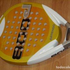 Coleccionismo deportivo: RAQUETA DE PADEL ARTENGO 800P. Lote 186252102