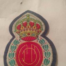 Coleccionismo deportivo: PARCHE ESCUDO BORDADO DEL REAL CLUB MALLORCA CLUB DE FUTBOL. Lote 193645123