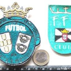 Coleccionismo deportivo: LOTE 2 ESCUDO TELA FEDERACION FUTBOL CEUTA + MELILLA ANTIGUO LOGO PARCHE FUTBOL PATCH R19. Lote 193742456