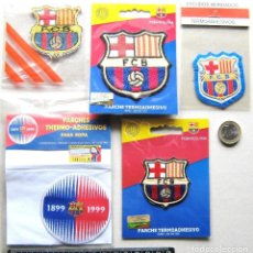 Colecionismo desportivo: LOTE 5 ESCUDO TELA FC BARCELONA DIFERENTES ANTIGUO LOGO PARCHE FUTBOL PATCH FLICKEN R24-R. Lote 193743817