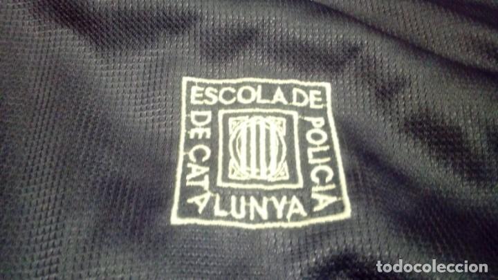 ESCUELA DE POLICÍA DE CATALUÑA. CHÁNDAL (PANTALONES Y CHAQUETA) EXCLUSIVO EN TC (Coleccionismo Deportivo - Ropa y Complementos - Complementos deportes)