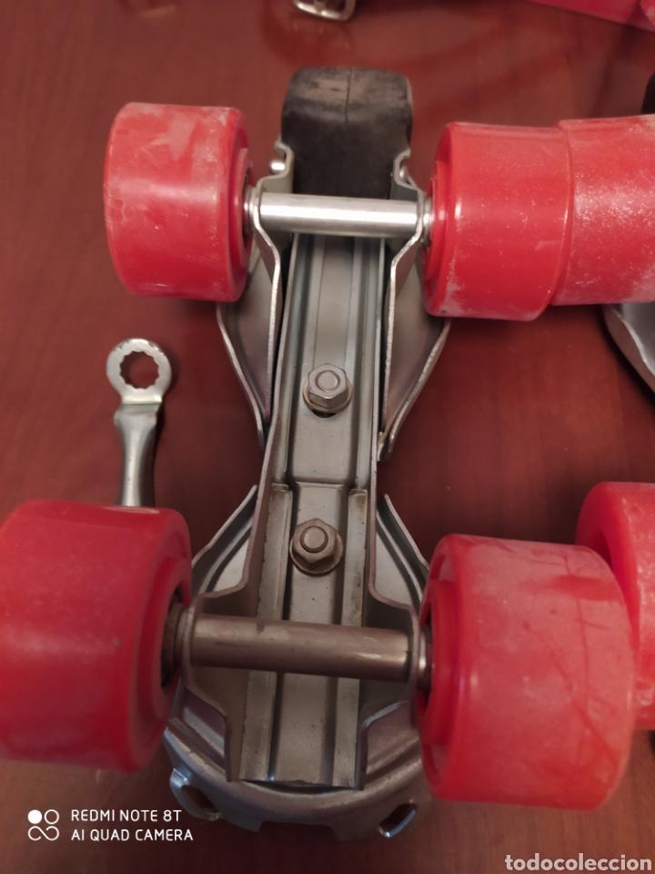 Coleccionismo deportivo: Patines vintage metal marca Vecar, talla adolescente originales años 80 sin usar - Foto 8 - 200335185