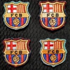 Coleccionismo deportivo: 4 ESCUDOS BORDADOS DEL FC BARCELONA. Lote 209097467