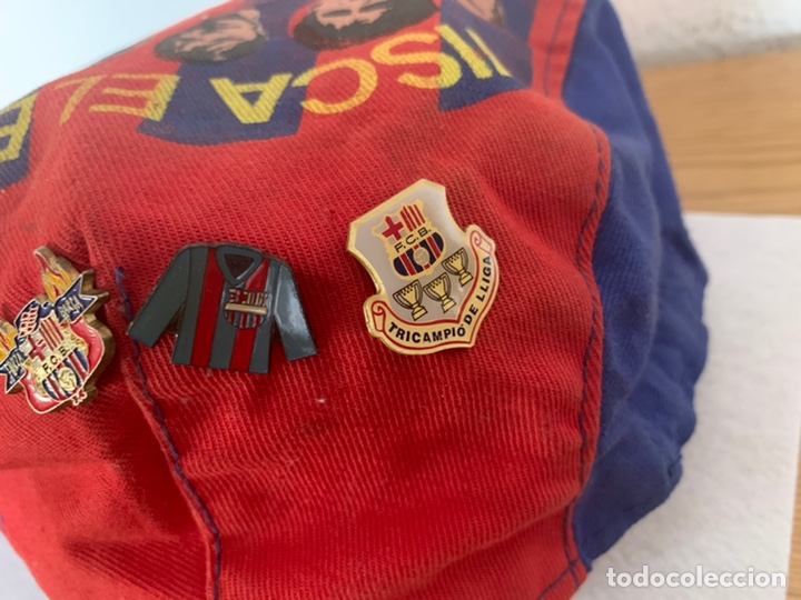 Coleccionismo deportivo: Gorra y pins antiguos futbol club Barcelona - Foto 4 - 211497071