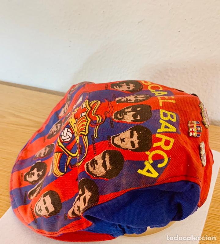 Coleccionismo deportivo: Gorra y pins antiguos futbol club Barcelona - Foto 5 - 211497071