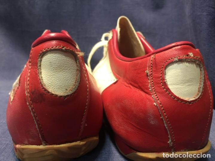 Coleccionismo deportivo: raras zapatillas firma emerson emmo fittipaldi arco puma made in brasil formula 1 11x29x10cms - Foto 16 - 213450073