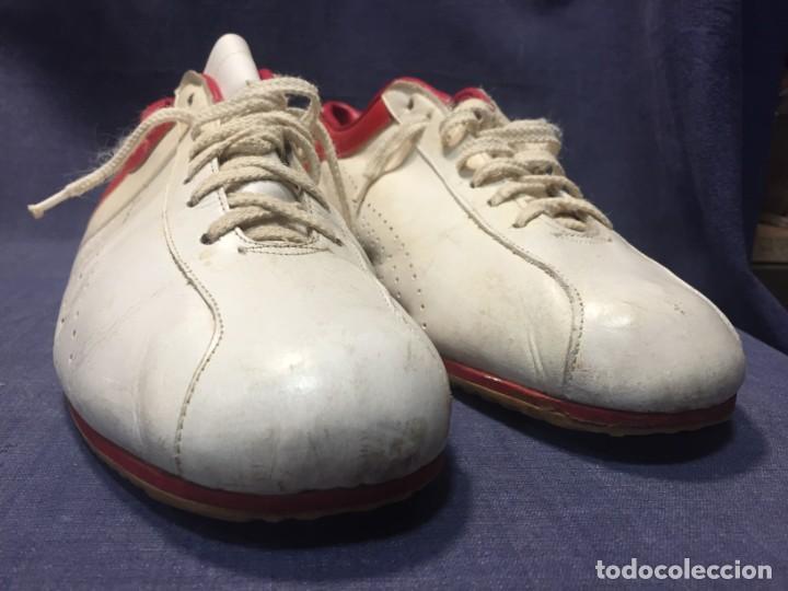 Coleccionismo deportivo: raras zapatillas firma emerson emmo fittipaldi arco puma made in brasil formula 1 11x29x10cms - Foto 26 - 213450073