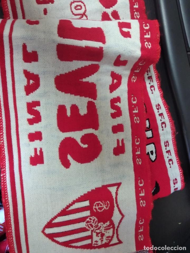 Coleccionismo deportivo: Bufanda Sevilla FC FINAL COPA HUEFA 16/MAYO/2007 GLASGOW SEVILLA ESPAÑOL - Foto 4 - 214662621