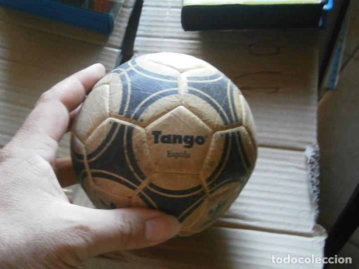 Coleccionismo deportivo: ¡¡ PRECIOSO BALON TANGO VIEJO ADIDAS TANGO¡¡ - Foto 2 - 215820595
