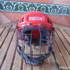 Coleccionismo deportivo: CASCO , PROTECTOR DE HOCKEY SM - 15 USA DEPORTE. Lote 217826063