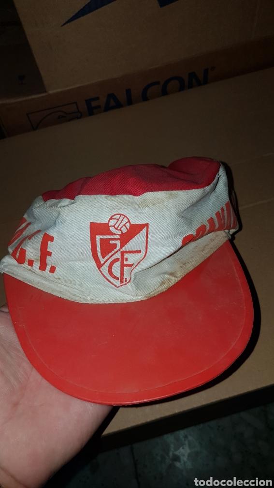 Coleccionismo deportivo: Antigua gorra Granada Club de fútbol - Foto 4 - 218878223