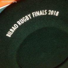 Coleccionismo deportivo: TXAPELA VERDE - BILBAO RUGBY FINALS 2018 - HEINEKEN - GREEN HAT. Lote 221140717