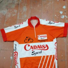 Coleccionismo deportivo: ANTIGUO MAILLOT DE CICLISMO CADALSA SPORT VESTISPORT. Lote 236548870