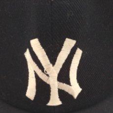 Coleccionismo deportivo: GORRA OFICIAL NEW YORK YANKEES MAJOR LEAGUE BASEBALL. Lote 241552040