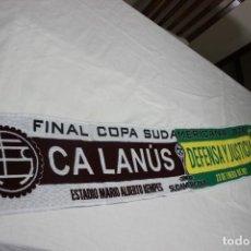 Coleccionismo deportivo: BUFANDA DE LA FINAL DE LA COPA SUDAMERICANA ENTRE C.A LANUS Y DEFENSA Y JUSTICIA. Lote 244559395