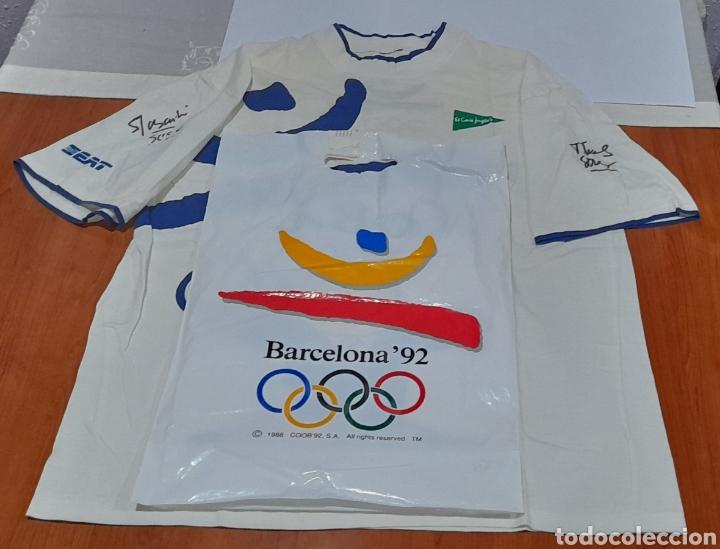Coleccionismo deportivo: Camiseta Barcelona 92 con 2 Autógrafos. Ver fotos - Foto 2 - 252212225