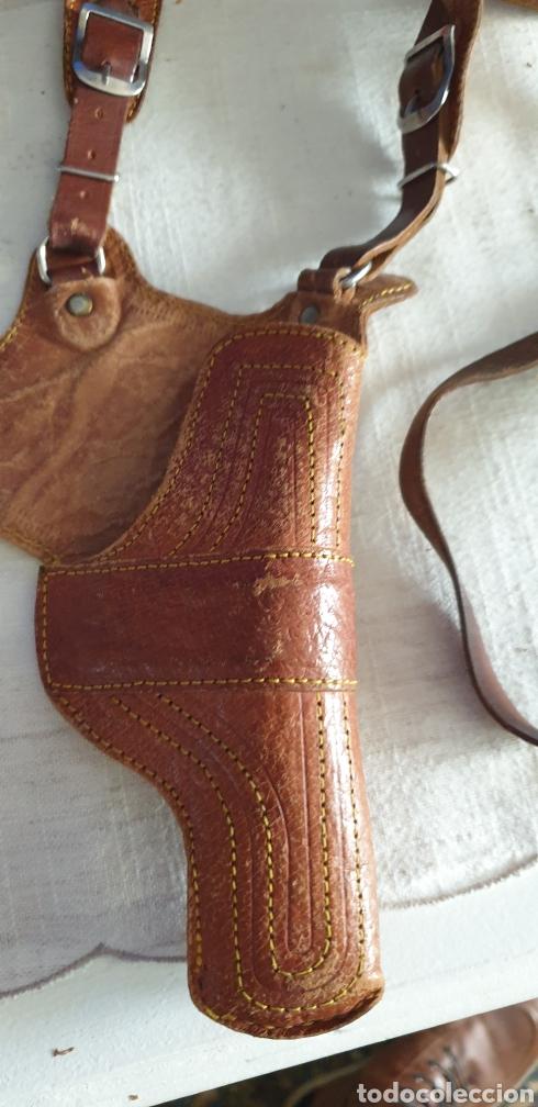Coleccionismo deportivo: Piitola Cartuchera de piel para pistola pequeña - Foto 3 - 252602990