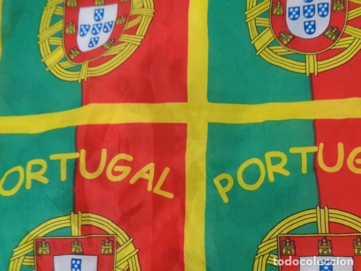 Coleccionismo deportivo: Pañoleta Portugal - Foto 3 - 260410660