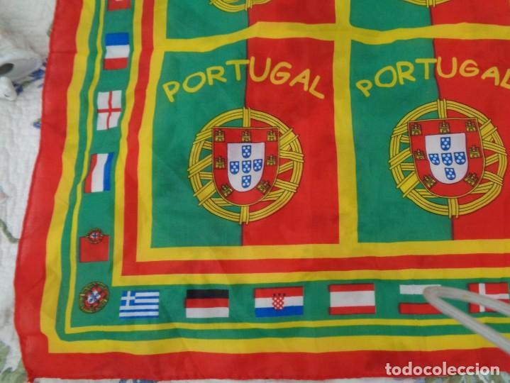 Coleccionismo deportivo: Pañoleta Portugal - Foto 4 - 260410660