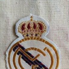 Coleccionismo deportivo: PARCHE DE TELA DEL REAL MADRID. Lote 266785149