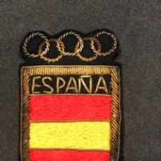 Coleccionismo deportivo: ESCUDO OLÍMPICO DE LA SELECCIÓN ESPAÑOLA BORDADO HILO DE ORO 1960'S.. Lote 276990833