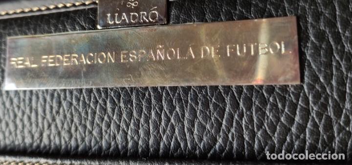 Coleccionismo deportivo: MALETÍN OFICIAL - SELECCION FÚTBOL - JUEGOS OLÍMPICOS BARCELONA 1992 - ORO - LLADRO - RFEF - Foto 2 - 287732463