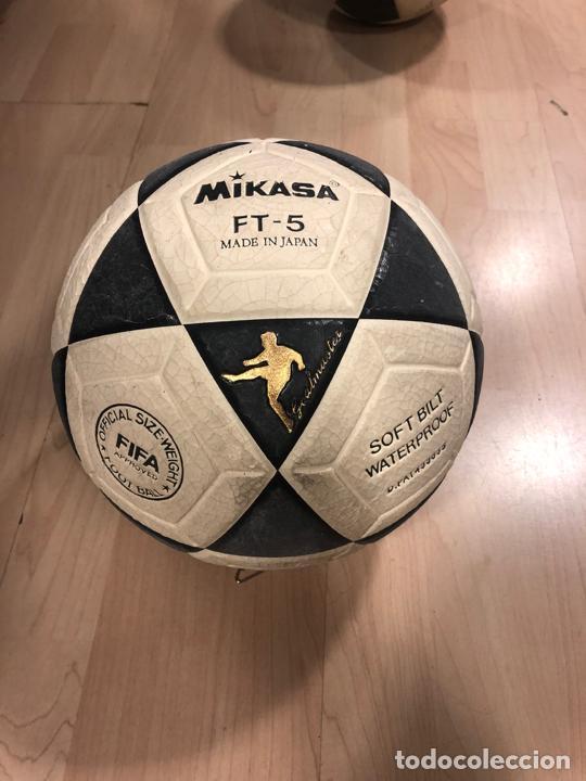 Coleccionismo deportivo: LOTE DE 3 BALONES - PELOTAS DE FUTBOL (BOOMERANG - MIKASA - BARCELONA 92 - COBI) - Foto 2 - 288334053
