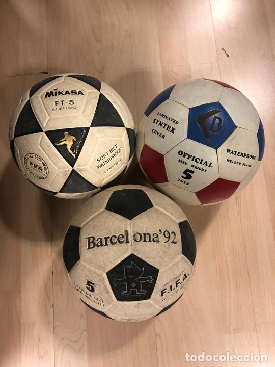 LOTE DE 3 BALONES - PELOTAS DE FUTBOL (BOOMERANG - MIKASA - BARCELONA 92 - COBI) (Coleccionismo Deportivo - Ropa y Complementos - Complementos deportes)