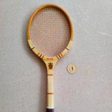 Coleccionismo deportivo: RAQUETA DE TENIS ANTIGUA DE MADERA DUNLOP. Lote 288550378