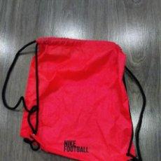 Coleccionismo deportivo: BOLSA MOCHILA NIKE FOOTBALL.. Lote 295831893