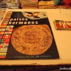 Coleccionismo Cromos antiguos: PAISES HERMANOS ALBUM + CROMOS. Lote 94208425