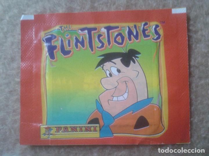 SOBRE DE CROMOS SIN ABRIR THE FLINTSTONES LOS PICAPIEDRA 1994 PANINI. HANNA BARBERA VER FOTO/S Y DES (Coleccionismo - Cromos y Álbumes - Cromos Antiguos)
