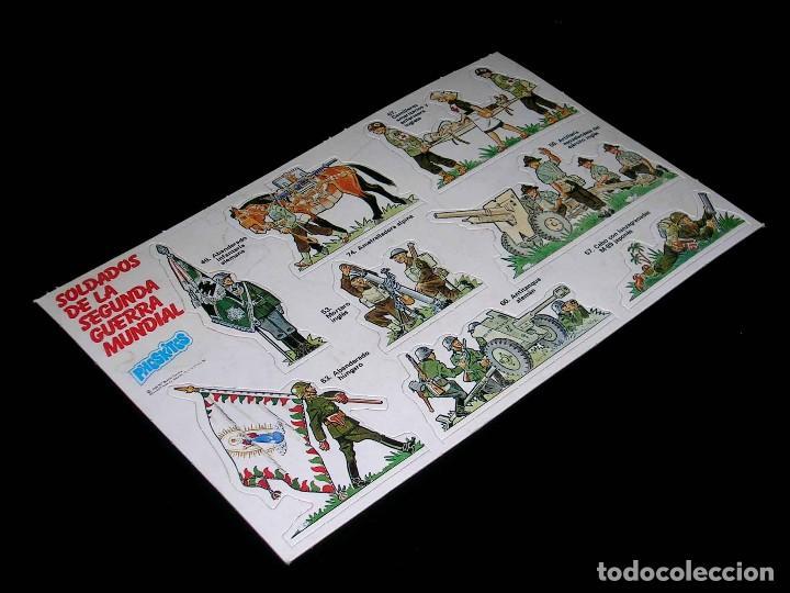 Coleccionismo Cromos antiguos: Lámina completa cromos Soldados de la Segunda Guerra Mundial, premium Phoskitos, original 1982. - Foto 2 - 115791943