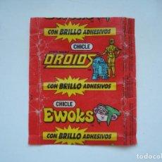 Coleccionismo Cromos antiguos: ENVOLTORIO EWOKS STAR WARS DROIDS CROMO CHICLES BUBBLE GUM! CHICLE CROMOS RARO AÑOS 90. Lote 133396122