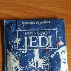 Coleccionismo Cromos antiguos: STAR WARS SOBRE CROMOS SIN ABRIR EL RETORNO DEL JEDI -AÑO 1983 PACOSA DOS. Lote 203360751