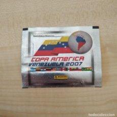 Coleccionismo Cromos antiguos: COPA AMERICA 2007 VENEZUELA - SOBRE DE CROMO SIN ABRIR - PANINI. Lote 205614457