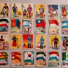 Coleccionismo Cromos antiguos: LOTE DE 24 CROMOS BANDERAS Y UNIFORMES CHOCOLATES GLUKI AÑO 1963 DE BRUGUERA. Lote 267548109