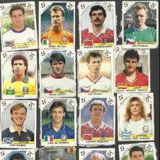 Cromos de Fútbol: LOTE DE 33 CROMOS MUNDIAL ITALIA 90 PANINI - 16 CROMOS TIENEN PAPEL PEGADO POR DETRAS VER FOTOS . Lote 33449407