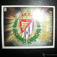 Cromos de Fútbol: ESCUDO DEL VALLADOLID ALBUM ESTE LIGA 2003 - 2004 ( 03 - 04 ). Lote 205679465