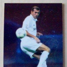 Cromos de Fútbol: 629 - ZIDANE (REAL MADRID) TOP ONCE MUNDICROMO 2002 2003 BRILLO. Lote 85420096