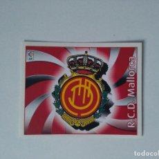 Cromos de Fútbol: EDICIONES ESTE - LIGA 2004 2005 - R.C.D. MALLORCA - ESCUDO. Lote 175782569
