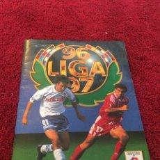 Cromos de Fútbol: ESTE SIN PEGAR ÁLBUM COMPLETO ESTE 1996 1997 96 97 MAS DE 550 CROMOS DOBLES VERDIONES. Lote 117314340
