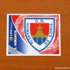 Cromos de Fútbol: C.D. NUMANCIA - ESCUDO - LIGA 2012-2013, 12-13 - EDICIONES ESTE - NUNCA PEGADO. Lote 210675942